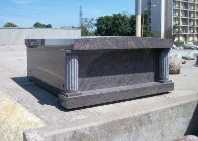 Mausoleum 100_1105 (Small)